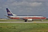 Photo: USAir, Boeing 737-300, N592US