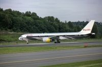 Photo: Republic Airlines, Boeing 757-200, N604RC