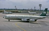 Photo: Pakistan International Airlines - PIA, Boeing 720