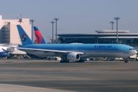 Photo: Korean Air, Boeing 777-300, HL7532