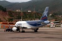 Photo: LAN Airlines, Airbus A319, CC-COU
