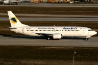 Photo: AeroSvit / Aerosweet Airlines, Boeing 737-400, UR-VVJ