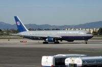 Photo: United Airlines, Boeing 767-300, N674UA