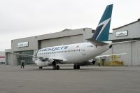 Photo: WestJet, Boeing 737-200, C-FLWJ
