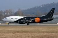 Photo: Titan Airways, Boeing 737-300, G-ZAPW