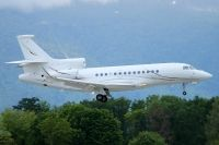 Photo: Untitled, Dassault Falcon 7X, LX-TQJ