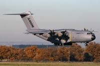 Photo: Airbus Industrie, Airbus A400M, F-WWMS