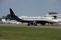 Photo: Embraer, Embraer EMB-190, N981EE