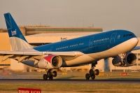 Photo: BMI British Midland, Airbus A330-200, G-WWBB