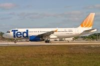 Photo: Ted, Airbus A320, N496UA