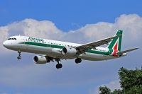 Photo: Alitalia, Airbus A321, EI-IXJ
