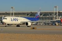 Photo: LAN Airlines, Boeing 767-300, CC-CML