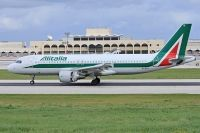 Photo: Alitalia, Airbus A320, EI-DTG