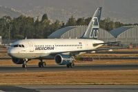 Photo: Mexicana, Airbus A318, XA-UBV