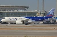 Photo: LAN Airlines, Airbus A320, CC-BAM