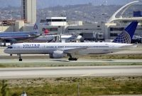 Photo: United Airlines, Boeing 757-200, N550UA