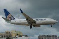 Photo: Continental Airlines, Boeing 737-700, N27722