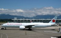 Photo: Air Canada, Boeing 777-300, C-FIVQ