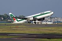 Photo: Alitalia, Boeing 767-300, EI-DBP