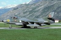 Photo: Swiss Air Force, Hawker Hunter, J-4007