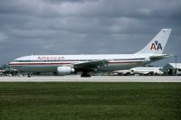 Photo: American Airlines, Airbus A300, N7062A