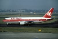 Photo: Air Canada, Boeing 767-200, C-FBEF