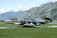 Photo: Swiss Air Force, Hawker Hunter, J-4015