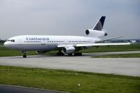 Photo: Continental Airlines, McDonnell Douglas DC-10-30, N17087