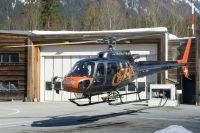 Photo: Chamonix Mont Blanc Helicpoters, Eurocopter AS350B Ecureuil, F-HESB