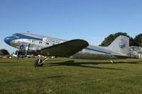 Photo: Chandler Field Express , Douglas DC-3, N28AA