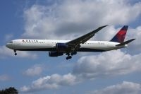 Photo: Delta Air Lines, Boeing 767-400, N830MH