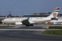 Photo: Etihad Airways, Airbus A330-200, A6-EYL