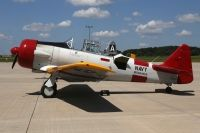Photo: United States Navy, North American T-6 Texan, N3195G