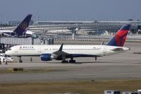 Photo: Delta Air Lines, Boeing 757-200, N547US