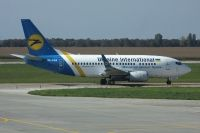 Photo: Ukraine International Airlines, Boeing 737-500, UR-GAS