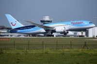 Photo: Thomson Holidays, Boeing 787, G-TUII