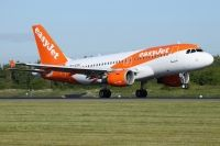 Photo: EasyJet Airline, Airbus A319, G-EZDK