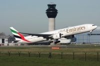 Photo: Emirates, Boeing 777-300, A6-EGX