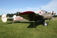 Photo: Untitled, Beech 18, N729M