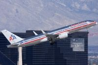 Photo: American Airlines, Boeing 757-200, N657AM