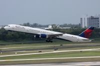 Photo: Delta Air Lines, Boeing 757-300, N596NW