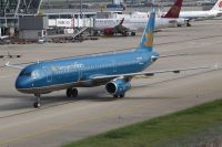 Photo: Vietnam Airlines, Airbus A321, VN-A395