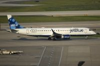 Photo: JetBlue Airways, Embraer EMB-190, N184JB