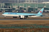 Photo: Korean Air, Boeing 777-300, HL8209