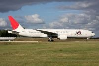 Photo: Japan Airlines - JAL, Boeing 777-200, JA704J