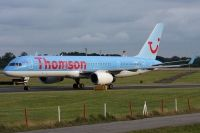 Photo: Thomson Holidays, Boeing 757-200, G-OOBP