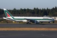 Photo: Alitalia, Boeing 777-200, EI-ISB