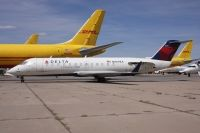 Photo: Delta Connection, Canadair CRJ Regional Jet, N8698A