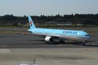 Photo: Korean Air, Boeing 777-300, HL7534