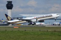 Photo: Singapore Airlines, Boeing 777-300, 9V-SWN